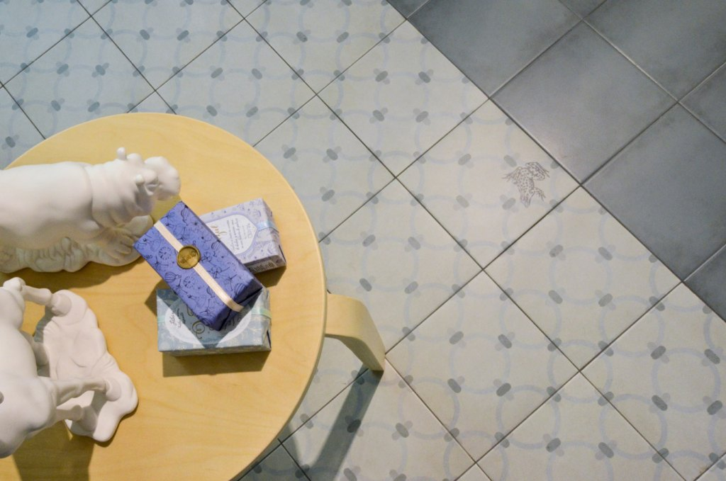 klinker macaya humo 20x20 kakel online tiles r us ab. Black Bedroom Furniture Sets. Home Design Ideas